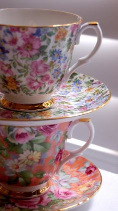 I love the flowers on these tea cups!