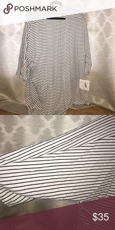 NWT Striped Lindsay! Black and White Striped! 🖤 LuLaRoe Sweaters Cardigans
