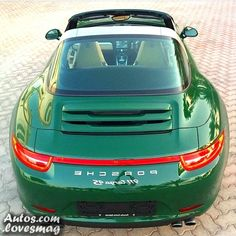 Porsche 991 Targa in Irish Green. Porsche 911 Targa 4s, Porsche Carrera, Porsche Autos, Porsche Sports Car, Porsche Models, Porsche Cars, Porsche 2017, Luxury Car Brands, Luxury Cars