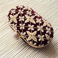 Bridal Handbags, Unique Handbags, Bridesmaid Bags, Embroidery Neck Designs, Bridal Clutch, Crossbody Messenger Bag, Beaded Purses, Evening Bags, Velvet