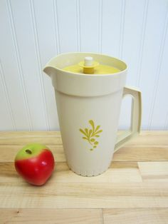 I remember having pitchers like this one.