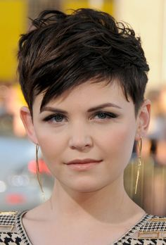 1 Haircut, 6 Styles: The Pixie - - See how Ginnifer Goodwin makes this spunky cut work for every occasion. Pixie Haircut For Round Faces, Pixie Haircut Styles, Short Hair Cuts For Round Faces, Pixie Haircut For Thick Hair, Long Pixie Hairstyles, Girls Short Haircuts, Round Face Haircuts, Short Hairstyles For Women, Short Hair Styles