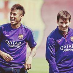 Neymar and Messi God Of Football, National Football Teams, Football Fans, Messi And Neymar, Lionel Messi, Paris Saint Germain Fc, Best Duos, Soccer Stars, Champions