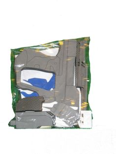 Halo Magnum Pistol laser cut and detailed out of EVA foam. Light weight and durable. THIS IS A KIT ONLY, an unfinished product. Instructions,