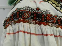 Romanian blouse embroidery Folk Costume, Costumes, Folk Embroidery, Traditional Dresses, Romania, Christmas Sweaters, Vogue, Textiles, The Incredibles