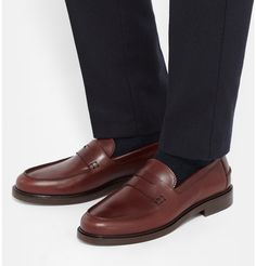 MR PORTER offers Designer shoes, boots and sneakers from over 350 designers. Shop online for men's loafers from the world's best brands on MR PORTER Mens Designer Loafers, Designer Shoes, Penny Loafers, Loafers Men, Apc, Best Brand, Oxford Shoes, Dress Shoes, Boots