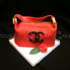 3D purse handbag cake. Cocoa Chanel cake mini cakes.
