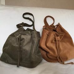 Suede leather bucket bags. By Nowińska