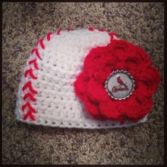 St. Louis Cardinal's Crocheted Baby Hat! Except I would make it for the Red Sox ;)