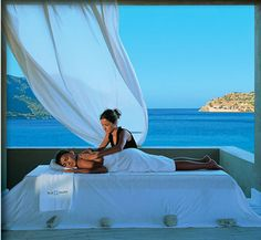 Come and get your Ibiza Massage @ Chill Out Spa.