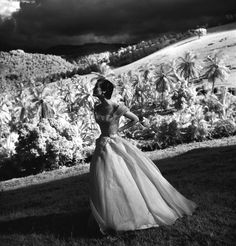 Tryall Plantation, Jamaica. Photograph by Toni Frissell, published in Harper's Bazaar, October 1948.
