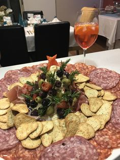 Antipasto #christmas 2017 Antipasto, Christmas 2017, Creative Food, Dairy, Cheese, Foods, Food Food, Food Items, Appetizer