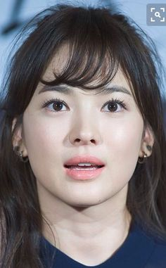 Love how her smoothly arched brows give a so nice feminine look to her face. Asian Makeup, Korean Makeup, Korean Beauty, Asian Beauty, Song Hye Kyo, My Beauty, Beauty Makeup, Hair Makeup, Hair Beauty