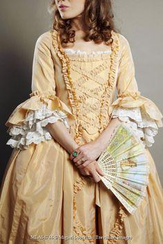 Miguel Sobreira - HISTORICAL WOMAN IN DRESS WITH FAN - People - Women