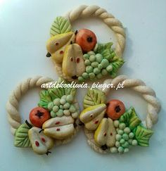 Salt Dough Projects, Salt Dough Crafts, Porcelain Clay, Cold Porcelain, Bread Art, Biscuit, Plaster Art, Diy Magnets, Christmas Clay