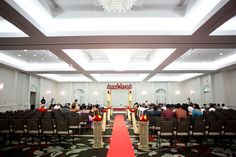 Keep it convenient for your guests, and host your wedding ceremony onsite as well!