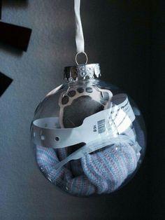 Trendy Ideas For Baby Diy Boy Newborn Foot Prints Fotos Baby Shower, Baby Shower Niño, Shower Cake, Babies First Christmas, Christmas Baby, Christmas Ornaments, Xmas, Newborn Christmas, Baby Ornaments