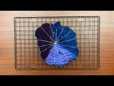 How To Tie Dye, How To Dye Fabric, Shibori Tie Dye, Tie Dyed, Ice Tye Dye, Diy Tie Dye Shirts, Bleach Shirts, Diy Tie Dye Designs, Diy Tie Dye Techniques