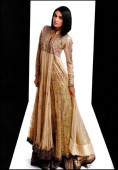 Latest Pakistani Party Dresses and Party Wear Metro Center Mall c39b8aeff