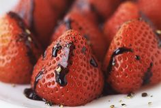 Balsamic vinegar and black pepper intensify the flavor of strawberries. Enjoy these sweeter berries in both sweet and savory dishes. Strawberry Balsamic, Strawberry Recipes, Fig Recipes, Dessert Recipes, Desserts, Recipies, Passover Recipes, Vegan Ice Cream, Balsamic Vinegar