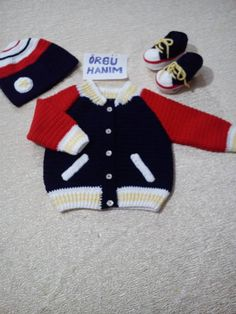 Winter Baby Clothes, Baby Winter, Vintage Knitting, Baby Knitting, Baby Boy Outfits, Kids Outfits, Baby Staff, Crochet Baby Jacket, Sweater Set