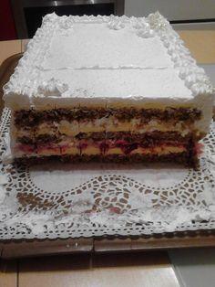 Moskva šnite - Fenomenalna torta, nezaobilazna za sva veća slavlja i okupljanja.