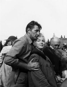 Robert Mitchum & Marilyn Monroe in Canada on the set of River of No Return, 1954