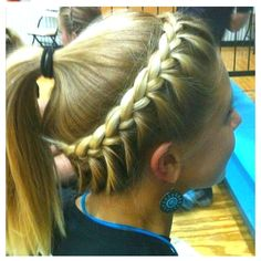 Fashionable braids ponytail hairstyles for sports activities hairdressing concepts Related posts: 30 Stunning Bob Haircuts 2019 15 beautiful hair pots Best 43 New Bob Hairstyles for Women in 2019 – Page 22 of 43 – HAIR STYLE ZONE X VSCO – – Images Softball Hair Braids, Volleyball Hairstyles, Volleyball Braids, Volleyball Games, Cheerleading Hair, Soccer Games, Gymnastics Hairstyles, Sports Basketball, Basketball Season