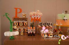 Mesa decorada/personalizada Gato de Botas Itens personalizados, Decoração Tudo para sua festa!