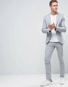 The best luxury fashion brands clothing accessories and much more that you can buy online Blazer Outfits Men, Mens Fashion Blazer, Casual Outfits, Men Casual, Fashion Brands, Luxury Fashion, Fashion Online, Men's Business Outfits, Traje Casual