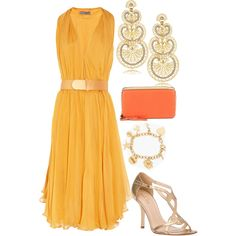 Great outfit for an outdoor summer wedding!