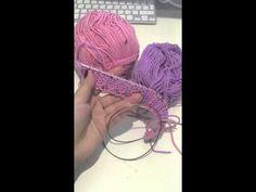 Вязание в технике Бриошь - YouTube Beret, Baby Knitting, Crochet, Lana, Knit Wrap, Berets, Stitching, Tutorials, Crocheting