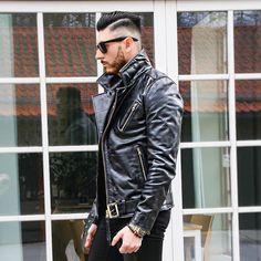 Timeless leather... #fashion #fashionmen #fashionlover #fashionphotography #fashionweek #fashionstyle #fashionable #fashionoftheday #fashiondaily #modamasculina #modamen #everydayheroshoes #leatherlove #leatherjacket #stylish #inked #tattoo #shredded #fitness #dj #musiclover #latino #Italiano #instaphoto #instamusic #instatattoo #instafitness #instagram #followme