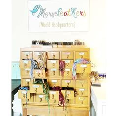 If 82° and sunny isn't enough to cheer you up, stop by @horsefeathersgifts for an extra dose of sunshine. We're really proud to be their home of their World Headquarters! :: @horsefeathersgifts #hendersonky #kentuckycrafted #madeinamerica