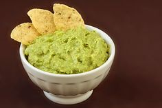 I love guacamole AND hummus... so, this is what happens when you put them together... GUACAMUMMUS!