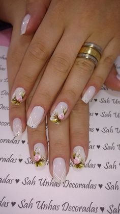 5 Unavoidable Floral Nail Art for Short Nails : Take a look! Your short nail deserves some amazing nail art design and Color. So, regarding that, we have gathered some lovely Floral Nail Art for Short Nail suggestions only for you. Gel Uv Nails, Rose Nails, Flower Nails, Acrylic Nails, Stiletto Nails, Uv Gel, Pretty Nails, Fun Nails, Floral Nail Art