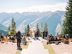Colorado mountaintop fall wedding ceremony: http://www.stylemepretty.com/colorado-weddings/aspen/2015/11/19/romantic-autumn-mountaintop-wedding/ | Photography: Rachel Havel - http://rachelhavel.com/
