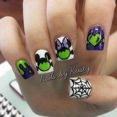 Who doesn't love properly manicured and well-groomed nails. Ensuring you get as creative with your nails as you are with your clothes is the industry of nail art designs. Today, the trend of nail… Disney Nail Designs, Halloween Nail Designs, Halloween Nail Art, Nail Art Designs, Nails Design, Trendy Nails, Cute Nails, My Nails, Autumn Nails
