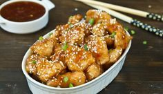 Baked honey sesame chicken - toasted sesame seeds with sweet and sour sauce complements very well the baked chicken. Serve it over rice as lunch or dinner. Ways To Cook Chicken, Chicken Recipes, Yum Yum Chicken, Baked Chicken, Honey Sesame Chicken, Asian Recipes, Ethnic Recipes, Main Dishes, Cooking Recipes