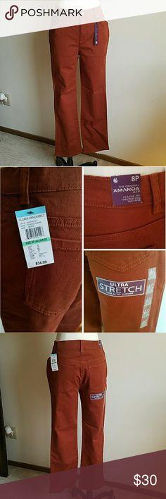 "🔥 NWT 🔥 Gloria Vanderbilt burnt orange jean Dark burnt classic fit jeans | the original Amanda Jean | tapered leg mid-rise | these are priced to sell | NWT | never worn | 39"" length 28"" inseam 15.5"" waist 11"" rise Gloria Vanderbilt Jeans"