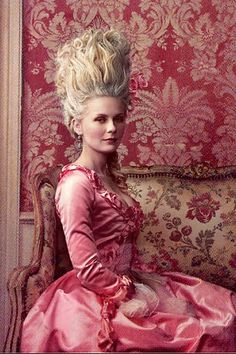 Kirsten Dunst as Marie Antoinette (2006). photo: Annie Liebowitz