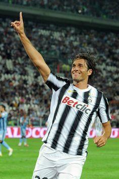 Luca Toni Photos: FC Juventus v Notts County - Pre Season Friendly