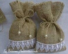 Handmade ideas from jute.❤ This tym lets celebrate an eco frndly diwali.lets say no to plastics and firecrackers❤ Instead of polythene use this jute bags, or cusion for beautiful decoration. Lavender Crafts, Lavender Bags, Lavender Sachets, Burlap Crafts, Diy And Crafts, Sewing Crafts, Sewing Projects, Burlap Projects, Shabby Chic Crafts