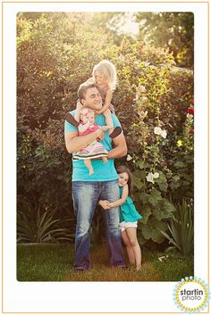 totally got this pic!!! It turned out so cute ♥........family pictures next week! I LOVE this pose for Jimmy and the kids ♥