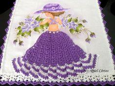 Lindo pano de prato  Feito todo a mão ,  Pintura em tecido com acabamento em crochê  Medida : 70x49 cm R$ 29,90
