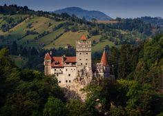 Bran Castle, Transylvania - AMP