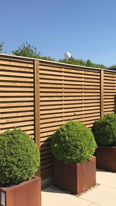 Quality garden design, landscape gardening and gardening for Cheltenham and Gloucestershire. Contemporary Fence Panels, Modern Fence Panels, Decorative Fence Panels, Garden Fence Panels, Contemporary Garden, Garden Fencing, Wooden Fence, Wooden Garden, Garden Ideas Along Fence Line
