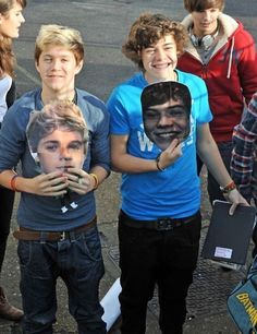 One Direction 2014, Fetus One Direction, One Direction Humor, One Direction Pictures, Niall Horan, Zayn, Niall E Harry, Harry Por, Louis And Harry