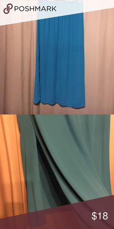 Soprano vibrant blue size xl maxi Beautiful summer skirt. Fully lined to the split on either side at 19 inches. A beautiful aqua blue color that would compliment any wardrobe! Soprano Skirts Maxi
