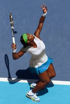 2011 - Promotional photo for Serena Williams' Australian Open ensemble from Nike. Williams pulled out prior to the start of the tournament due to a foot injury. Serina Williams, S Williams, Serena Williams Tennis, Venus And Serena Williams, Serena Williams Australian Open, Best Female Tennis Player, Professional Tennis Players, Tennis Fashion, Tennis Stars